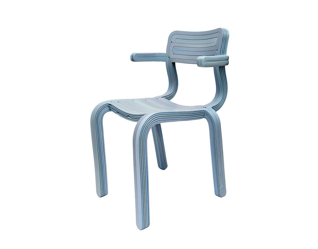 Rvr chair dutch design daily for Dutch design chair karton